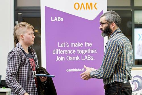 Picture 1: A LAB Master advising a student.